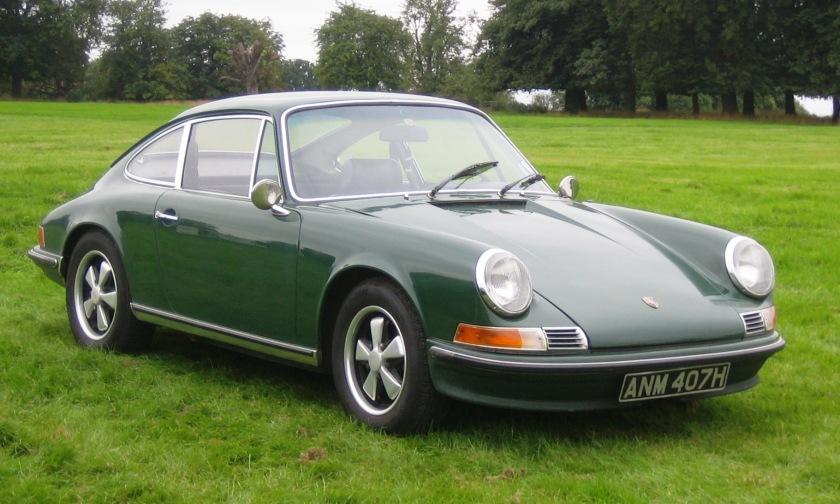 Um legítimo Porsche 911 de 1969. Uma das primeiras gerações desse carro fascinante (e que atualmente está na 7ª ou 8ª geração)
